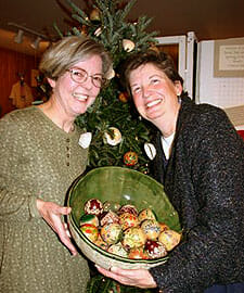 Priscilla Wilson and Janice Lymburner Story - The Gourd Place